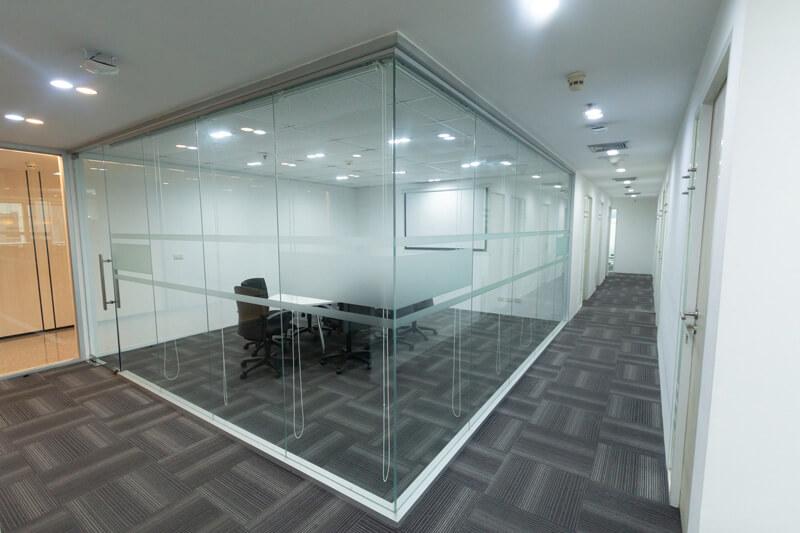 Meeting-Room-01